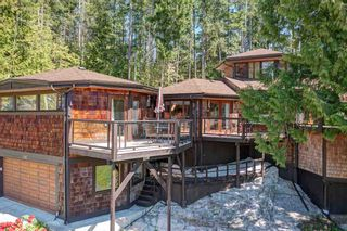 Photo 3: 3185 HUCKLEBERRY Road: Roberts Creek House for sale (Sunshine Coast)  : MLS®# R2571072
