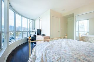 Photo 11: 801 555 JERVIS STREET in Vancouver: Coal Harbour Condo for sale (Vancouver West)  : MLS®# R2330860