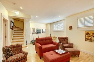 Photo 30: 45 Discovery Heights SW in Calgary: Discovery Ridge Row/Townhouse for sale : MLS®# A1109314