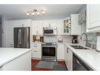 """Photo 11: 71 6488 168 Street in Surrey: Cloverdale BC Townhouse for sale in """"Turnberry by Polygon"""" (Cloverdale)  : MLS®# R2290856"""