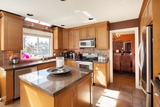 """Photo 6: 2810 GREENBRIER Place in Coquitlam: Westwood Plateau House for sale in """"WESTWOOD PLATEAU"""" : MLS®# R2368566"""