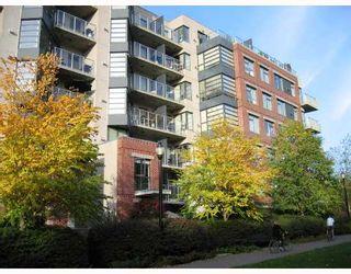 "Photo 39: 208 2228 MARSTRAND Avenue in Vancouver: Kitsilano Condo for sale in ""SOLO"" (Vancouver West)  : MLS®# V673358"