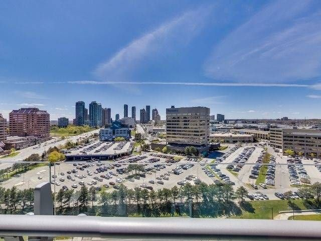 Photo 15: Photos: 1406 50 Absolute Avenue in Mississauga: City Centre Condo for sale : MLS®# W3804080