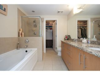 """Photo 16: 208 16421 64 Avenue in Surrey: Cloverdale BC Condo for sale in """"St. Andrews at Northview"""" (Cloverdale)  : MLS®# R2041452"""