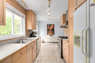 Photo 11: 13870 BLACKBURN Avenue: White Rock House for sale (South Surrey White Rock)  : MLS®# R2592352