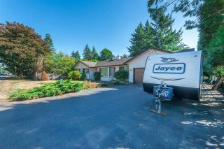 Photo 4: 20492 40 Avenue in Langley: Brookswood Langley House for sale : MLS®# R2557324