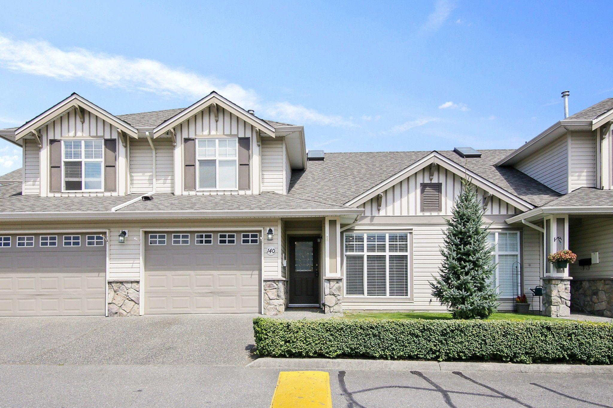 """Main Photo: 140 6450 VEDDER Road in Chilliwack: Sardis East Vedder Rd Townhouse for sale in """"Country Grove"""" (Sardis)  : MLS®# R2604059"""