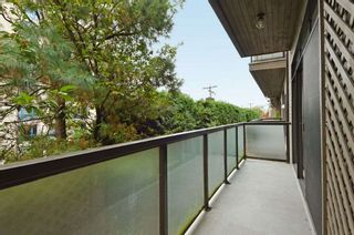 """Photo 14: 206 1345 W 15TH Avenue in Vancouver: Fairview VW Condo for sale in """"SUNRISE WEST"""" (Vancouver West)  : MLS®# R2007756"""