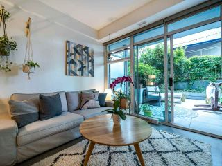 """Photo 7: 222 256 E 2ND Avenue in Vancouver: Mount Pleasant VE Condo for sale in """"Jacobsen"""" (Vancouver East)  : MLS®# R2495462"""