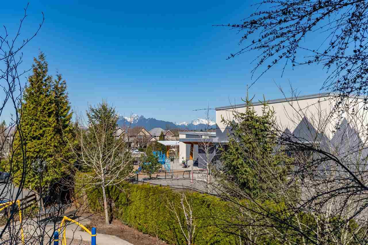 "Photo 17: Photos: 21 8250 209B Street in Langley: Willoughby Heights Townhouse for sale in ""Outlook"" : MLS®# R2352663"