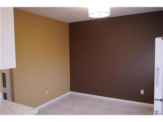 Photo 4: 2 Lake Fall Place in Winnipeg: Waverley Heights Residential for sale (1L)  : MLS®# 1625936