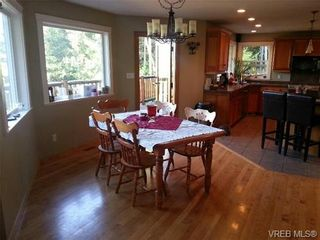 Photo 3: 3268 Shawnigan Lake Rd in COBBLE HILL: ML Shawnigan House for sale (Malahat & Area)  : MLS®# 679539