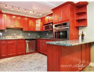 """Photo 2: 106 1006 CORNWALL Street in New_Westminster: Uptown NW Condo for sale in """"Cornwall Terrace"""" (New Westminster)  : MLS®# V693241"""