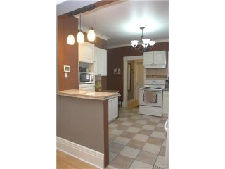 Photo 6: 627 Cathedral Avenue in Winnipeg: Sinclair Park Residential for sale (4C)  : MLS®# 1706056