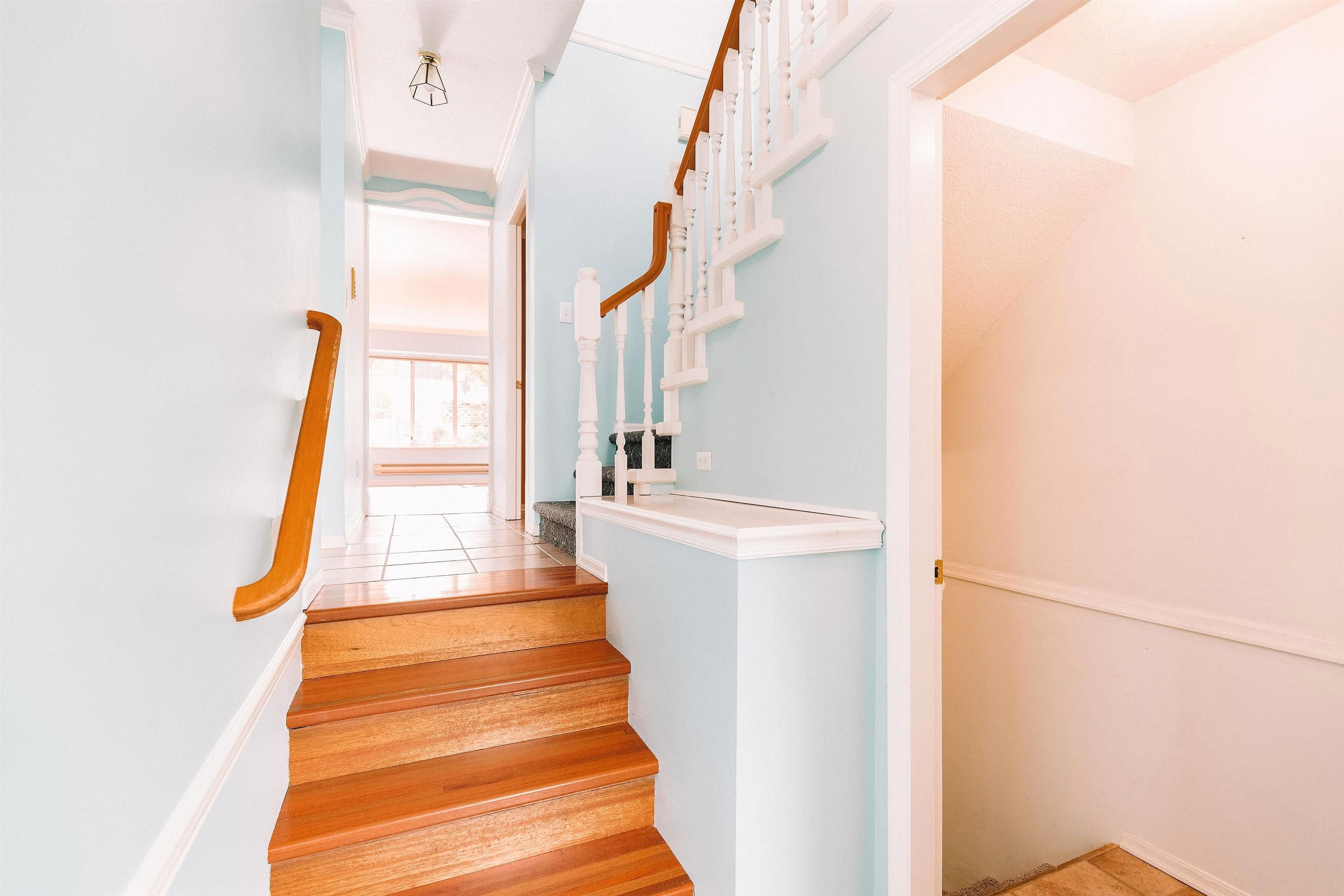 """Main Photo: 64 6503 CHAMBORD Place in Vancouver: Killarney VE Townhouse for sale in """"La Frontenac"""" (Vancouver East)  : MLS®# R2622976"""