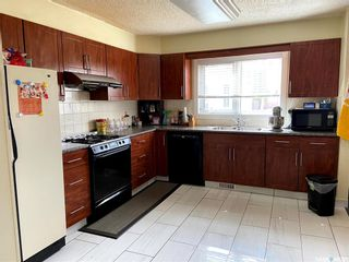 Photo 11: 239 Kenosee Crescent in Saskatoon: Lakeview SA Residential for sale : MLS®# SK850644