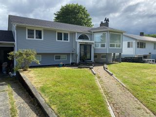 Photo 2: 8725 Seaview Dr in : NI Port Hardy House for sale (North Island)  : MLS®# 878135