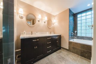 """Photo 18: 303 2288 W 40TH Avenue in Vancouver: Kerrisdale Condo for sale in """"Kerrisdale Park"""" (Vancouver West)  : MLS®# R2398261"""