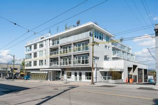 """Main Photo: 2512 FRASER Street in Vancouver: Mount Pleasant VE Townhouse for sale in """"MIDTOWN CENTRAL"""" (Vancouver East)  : MLS®# R2599305"""