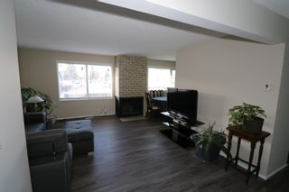Photo 6: 4 523 64 Avenue NE in Calgary: Thorncliffe Row/Townhouse for sale : MLS®# A1090727