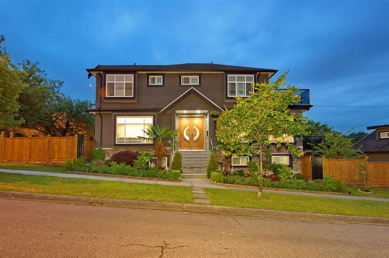 Main Photo: 1488 E 30TH Avenue in Vancouver: Knight House for sale (Vancouver East)  : MLS®# R2472024