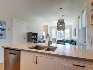 Photo 18: 3 1146 Caledonia Ave in Victoria: Vi Fernwood Row/Townhouse for sale : MLS®# 842254