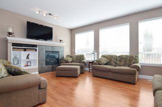 Photo 4: 20118 71A Avenue in Langley: Willoughby Heights House for sale : MLS®# F1450325
