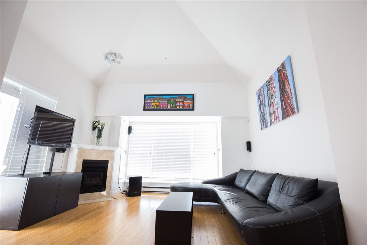 Photo 6: Photos: 411 3480 MAIN Street in Vancouver: Main Condo for sale (Vancouver East)  : MLS®# R2101348