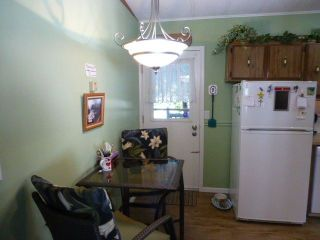 """Photo 2: 31 2305 200 Street in Langley: Brookswood Langley Manufactured Home for sale in """"Cedar Lane"""" : MLS®# R2223523"""