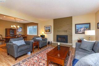Photo 4: 4421 Bartholomew Pl in VICTORIA: SE Gordon Head House for sale (Saanich East)  : MLS®# 799913