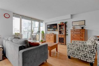 """Photo 7: 1302 1325 ROLSTON Street in Vancouver: Yaletown Condo for sale in """"The Rolston"""" (Vancouver West)  : MLS®# R2574572"""