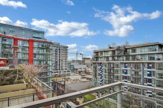 """Photo 12: 810 88 W 1ST Avenue in Vancouver: False Creek Condo for sale in """"THE ONE"""" (Vancouver West)  : MLS®# R2545345"""
