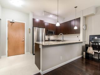 "Photo 5: 205 290 FRANCIS Way in New Westminster: Fraserview NW Condo for sale in ""THE GROVE"" : MLS®# R2433044"
