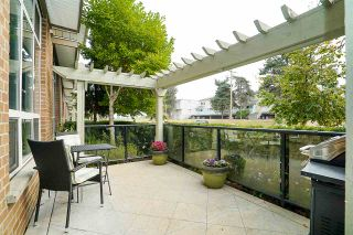 """Photo 4: 84 15353 100 Avenue in Surrey: Guildford Townhouse for sale in """"Soul of Guildford"""" (North Surrey)  : MLS®# R2211059"""