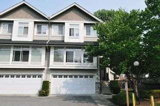 Photo 1: 28 23343 KANAKA WAY in Maple Ridge: Cottonwood MR Townhouse for sale : MLS®# R2303709