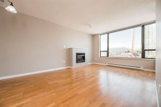 """Photo 3: 1403 4118 DAWSON Street in Burnaby: Brentwood Park Condo for sale in """"Tandem II"""" (Burnaby North)  : MLS®# R2573711"""