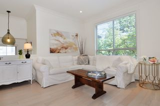 """Photo 3: 37 100 KLAHANIE Drive in Port Moody: Port Moody Centre Townhouse for sale in """"INDIGO"""" : MLS®# R2303018"""