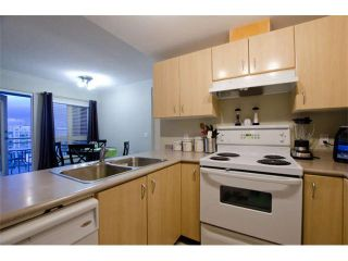 """Photo 6: 1404 121 W 15TH Street in North Vancouver: Central Lonsdale Condo for sale in """"ALEGRIA"""" : MLS®# V1102580"""