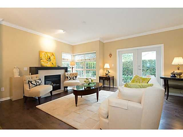 Main Photo: 42 3750 EDGEMONT Boulevard in North Vancouver: Capilano Highlands Condo for sale : MLS®# V986448