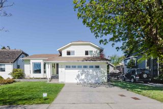Photo 1: 2115 LONDON Street in New Westminster: Connaught Heights House for sale : MLS®# R2566850