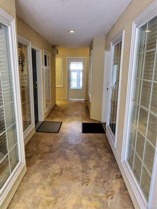 Photo 4: 3 175 W Second Ave in : PQ Qualicum Beach Office for sale (Parksville/Qualicum)  : MLS®# 882067