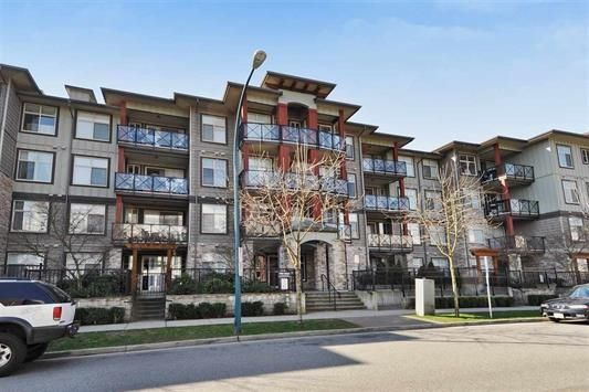 "Main Photo: 405 2336 WHYTE Avenue in Port Coquitlam: Central Pt Coquitlam Condo for sale in ""CENTREPOINTE"" : MLS®# R2131165"