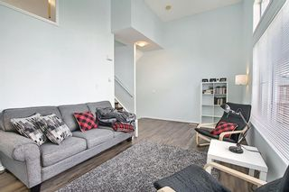 Photo 5: 28 Everhollow Way SW in Calgary: Evergreen Row/Townhouse for sale : MLS®# A1122910