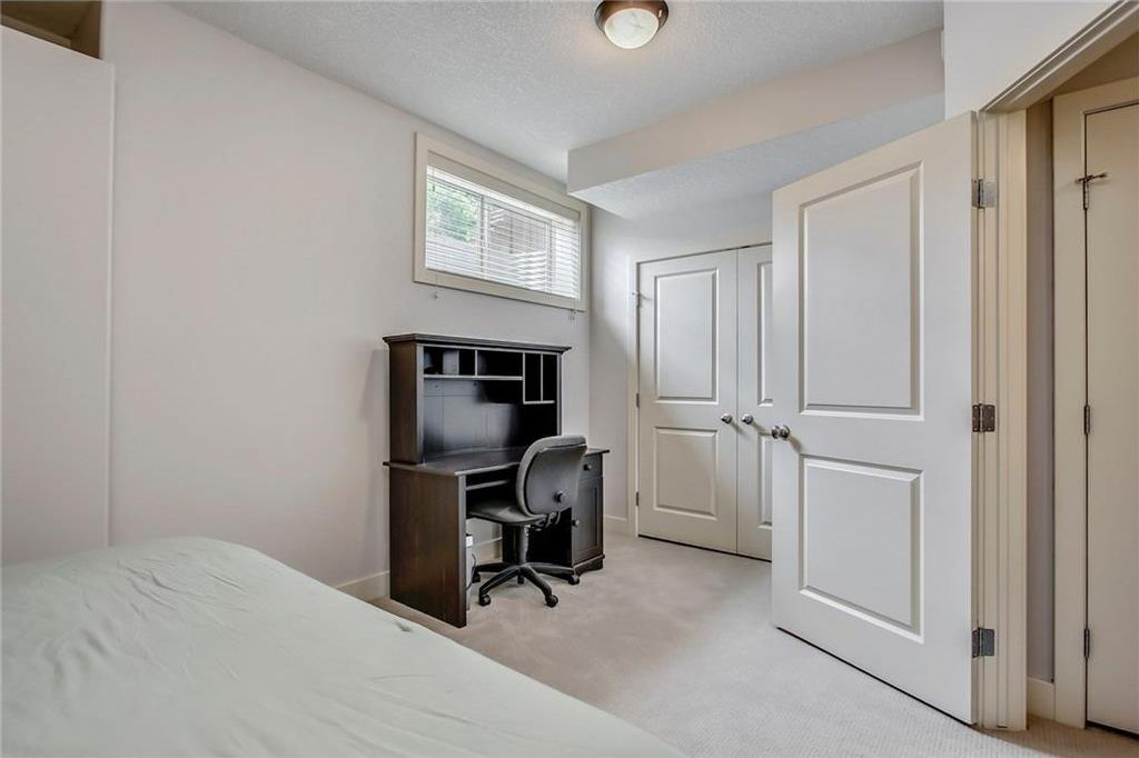 Photo 42: Photos: 3909 19 Street SW in Calgary: Altadore House for sale : MLS®# C4122880