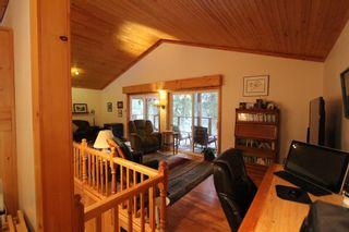 Photo 4: 5244 NE Meadow Creek Road in Celista: North Shuswap House for sale (Shuswap)  : MLS®# 10110324
