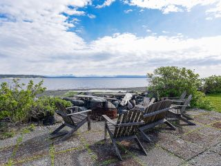 Photo 4: 2445 S Island Hwy in CAMPBELL RIVER: CR Willow Point House for sale (Campbell River)  : MLS®# 833297