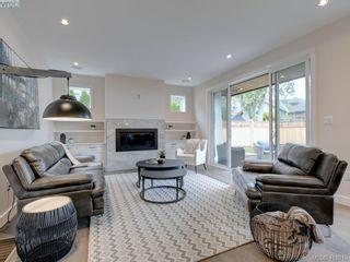 Photo 3: 1748 Coronation Ave in VICTORIA: Vi Jubilee House for sale (Victoria)  : MLS®# 828916