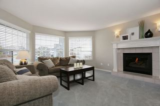 """Photo 3: 6135 185A Street in Surrey: Cloverdale BC House for sale in """"EAGLE CREST"""" (Cloverdale)  : MLS®# F1402366"""