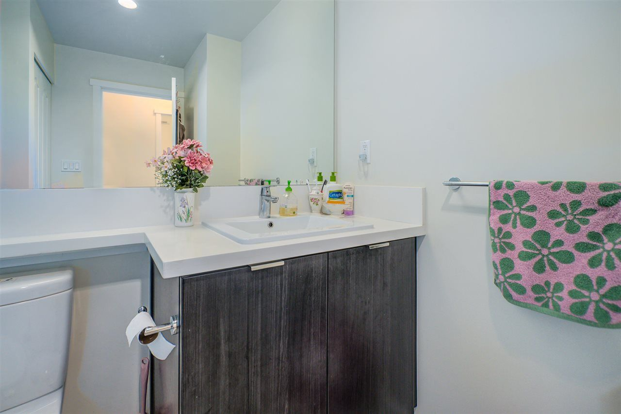 """Photo 21: Photos: 216 3107 WINDSOR Gate in Coquitlam: New Horizons Condo for sale in """"BRADLEY HOUSE"""" : MLS®# R2481599"""