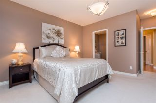 Photo 13: 2208 8485 YOUNG Road: Condo for sale in Chilliwack: MLS®# R2527985